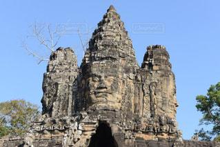 大きな石像の写真・画像素材[1042737]