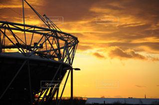 夕陽とスタジアムの写真・画像素材[1046674]