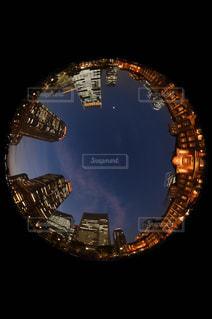 夜の街の景色の写真・画像素材[1263915]