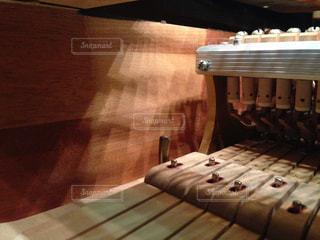 グランドピアノの中の写真・画像素材[1848440]