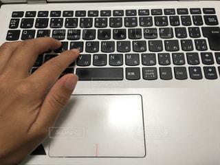 コンピューターのキーボードの写真・画像素材[1054800]