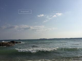 沖縄リゾートホテル付近の海の写真・画像素材[1121260]