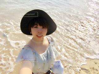 沖縄リゾートホテル付近の海にての写真・画像素材[1121264]