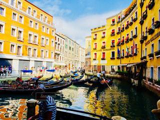 ヴェネツィアのゴンドラ乗り場の写真・画像素材[1032714]