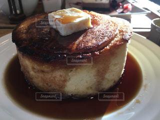 分厚いホットケーキの写真・画像素材[1032895]
