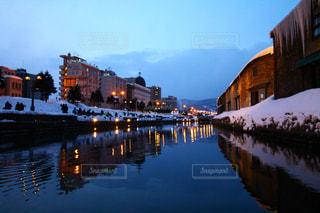 雪の小樽運河の写真・画像素材[1034148]