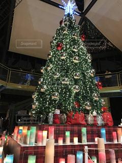 クリスマス ツリーとキャンドル - No.1035221