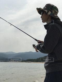 釣りをする横顔 - No.1038155