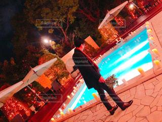 夜のプールの写真・画像素材[1035307]