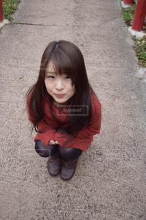 座っている女の子の写真・画像素材[1035277]