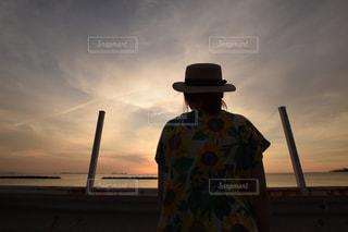 日没の前の写真・画像素材[1070018]
