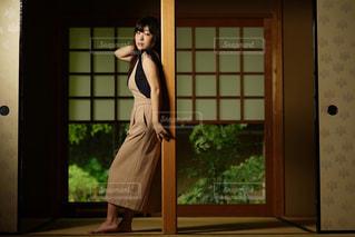 和室の女性の写真・画像素材[1282719]