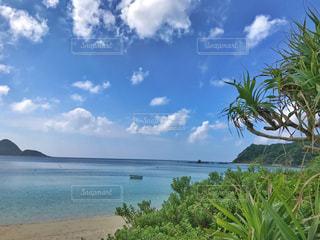 誰もいないビーチの写真・画像素材[1035046]