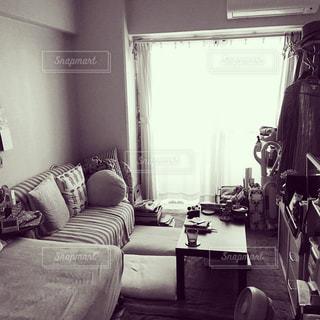 ワンルームの部屋の写真・画像素材[1068625]
