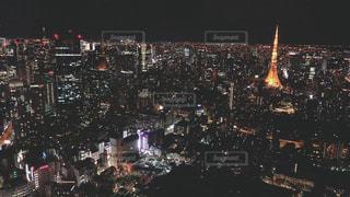 夜の街の景色の写真・画像素材[999928]