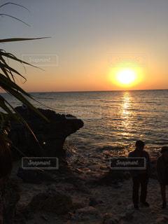沖縄の夕日の写真・画像素材[1055152]