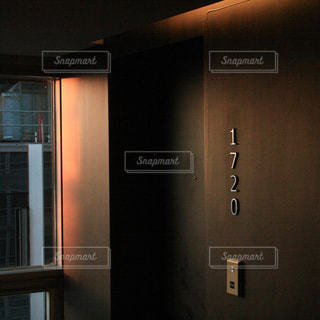 部屋のドアの写真・画像素材[1752065]