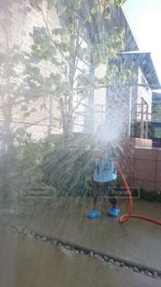 シャワーを一浴びの写真・画像素材[1049711]