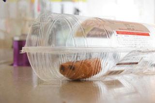 残ったパンの写真・画像素材[1038378]
