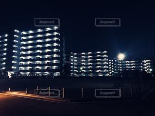 夜の団地①の写真・画像素材[1039479]