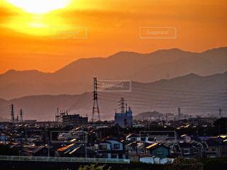 照らされる街の写真・画像素材[1157063]