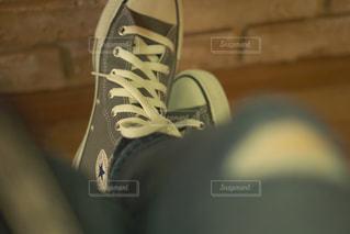 スニーカーしか履かない人の写真・画像素材[1059164]