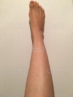 足のムダ毛の写真・画像素材[2068410]
