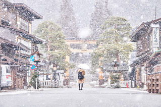 飛騨高山と雪の写真・画像素材[1040627]