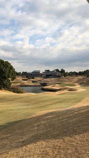 凸凹なゴルフ場の写真・画像素材[1041504]