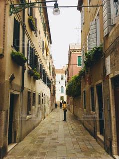 ヴェネチア 路地の写真・画像素材[1042092]