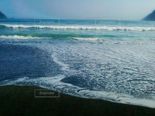 思い出の緑色の海 - No.1047542