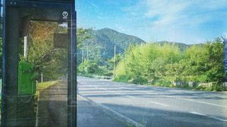 田舎の公衆電話の写真・画像素材[1250500]