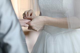 結婚式 指輪の交換の写真・画像素材[1043176]