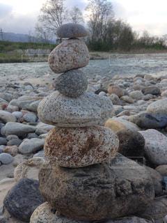 河原の石の写真・画像素材[1045810]