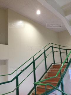スーパーの階段 - No.1051378