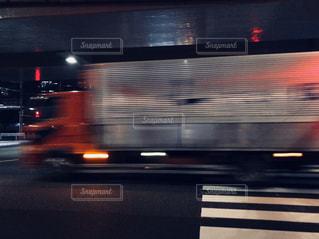 残像トラックの写真・画像素材[1044185]