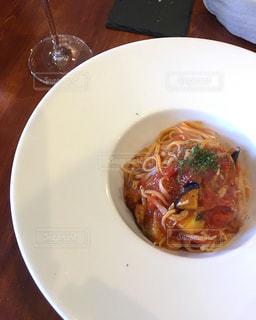 イタリアンレストランでパスタの写真・画像素材[2223936]