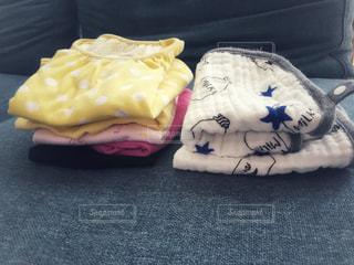赤ちゃんの服の写真・画像素材[1403535]