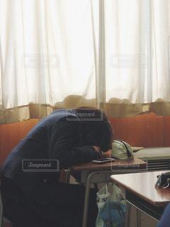 居眠りの写真・画像素材[1061566]