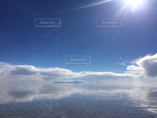 ウユニ塩湖の写真・画像素材[1050458]