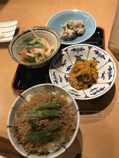 京都の飲み屋さんで晩御飯の写真・画像素材[1047908]