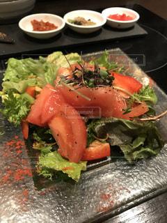 トマトサラダの写真・画像素材[1047910]