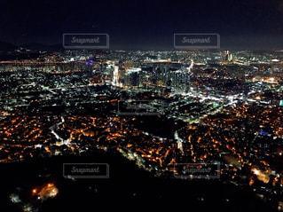 ソウル夜の街の写真・画像素材[1050270]