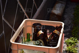 廃棄ビンの写真・画像素材[1048301]