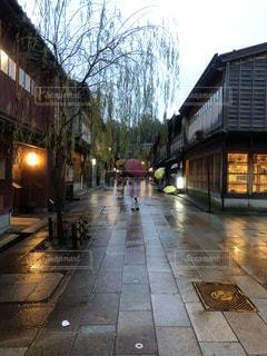 雨のひがし茶屋街 - No.1049479