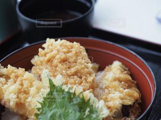 琵琶湖博物館のブラックバス天丼の写真・画像素材[2077167]