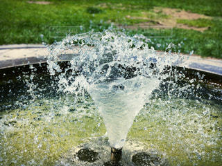 噴水の水の写真・画像素材[1208857]