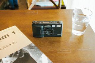 フィルムカメラの写真・画像素材[1068423]