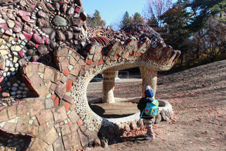 子供の森ドラゴンの砂山の写真・画像素材[1064280]