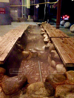 有馬温泉金泉前の足湯の写真・画像素材[1050829]